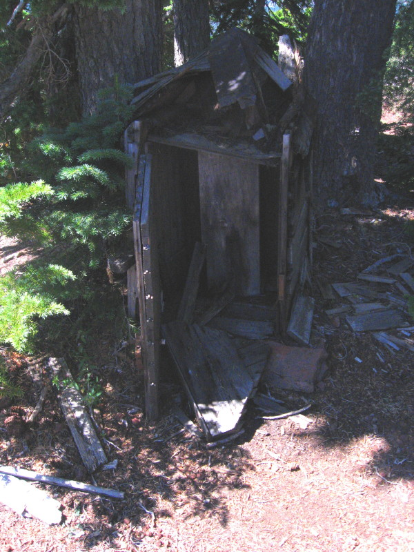 Ruddy-Hill-Phonebox_1.jpg